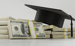 Praca dyplomowa na zamówienie – częsta praktyka czy niebezpieczny proceder?