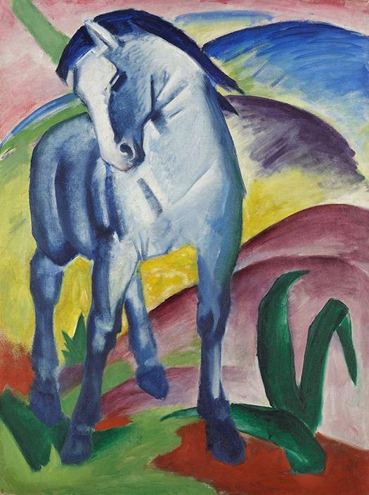Łyk sztuki do kawy zniebieskim koniem