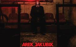Pierwszy solowy projekt muzyczny Arka Jakubika